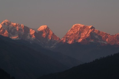 sunset over Numbur himal.