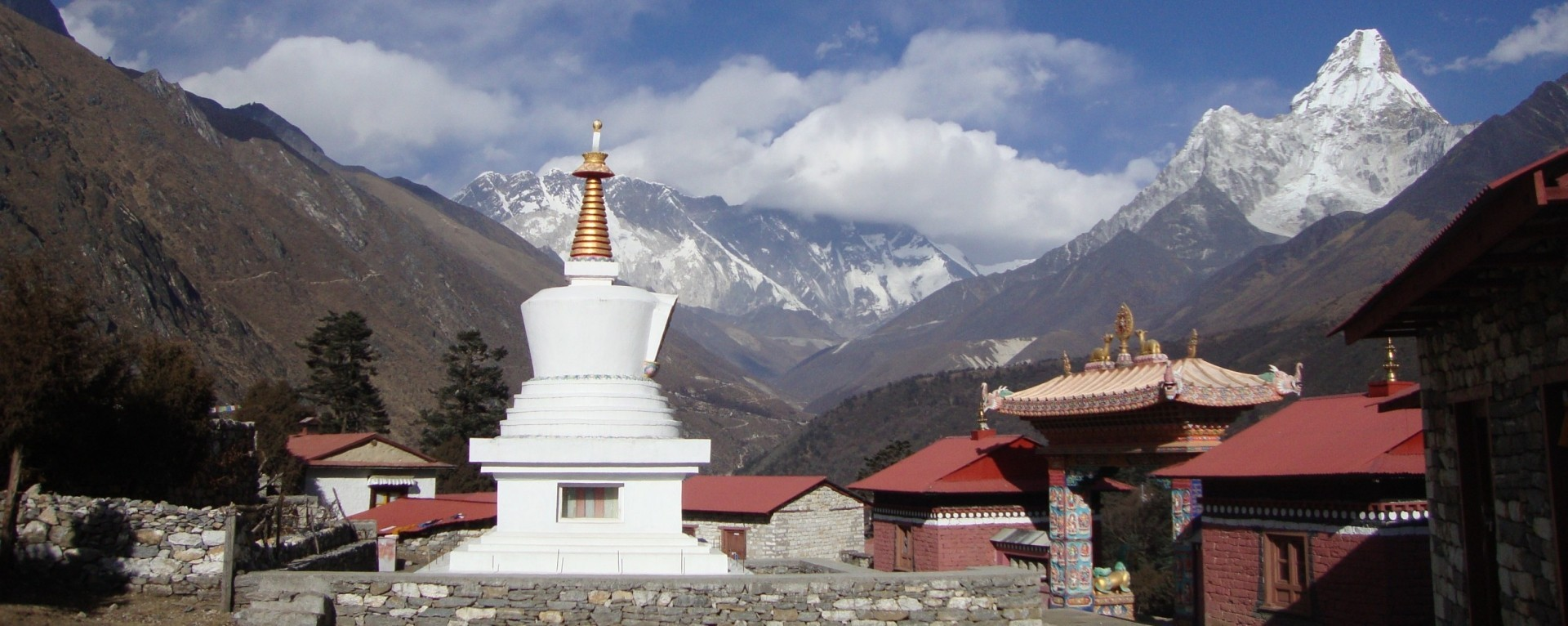 Great mountain views from Tengboche Monastery on the way to Basecamp of Everest.