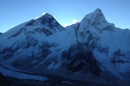 The view of Mt. Everest and Nuptse from Kalapatthar (5545m)
