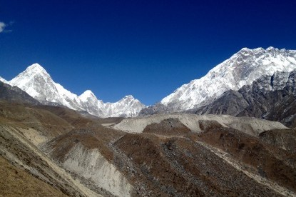 The Khumbu valley view while we getting close to Lobuche.