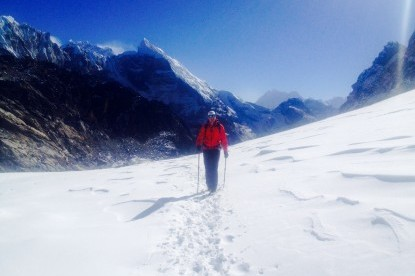 We cross 500m long  glacier at Chola pass.