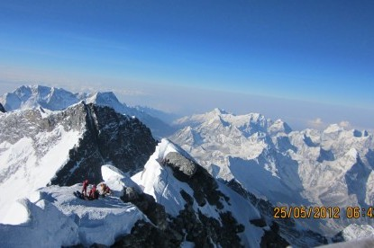 Looking down to the Lhotse