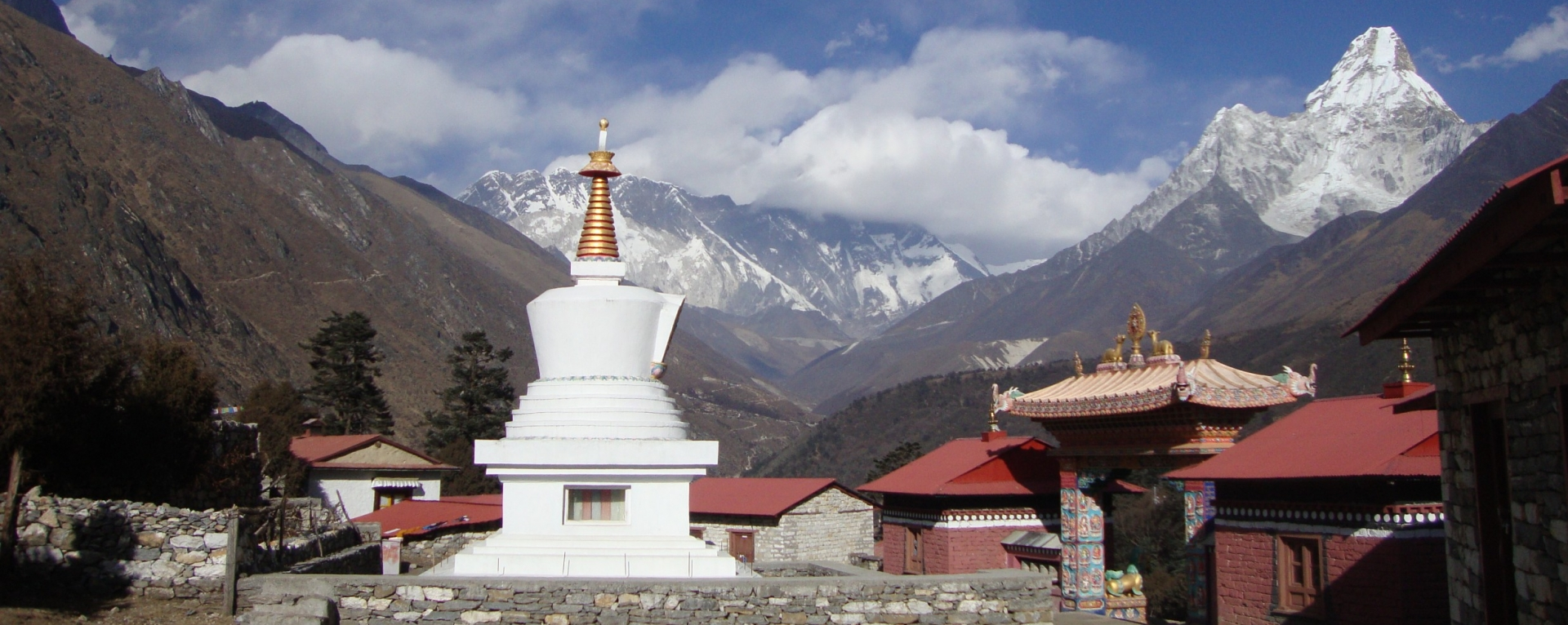 The monastery and mountain views from Tengboche, Khumbu, Nepal