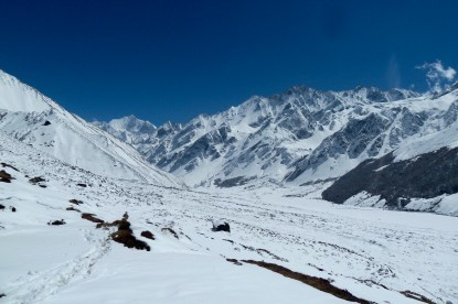 The Mountains covered by fresh snowfall in Kyanjin Gompa.