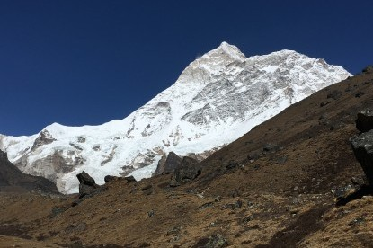 Getting closer to the view of Makalu
