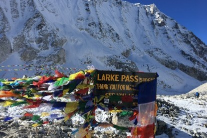 The Prayer flags at the top of Larkya pass