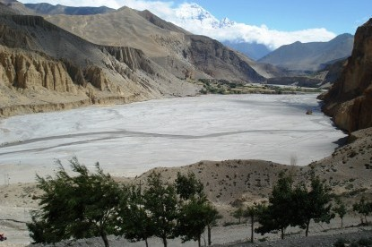 Wide river  bed of Kaligandaki, Mustang.